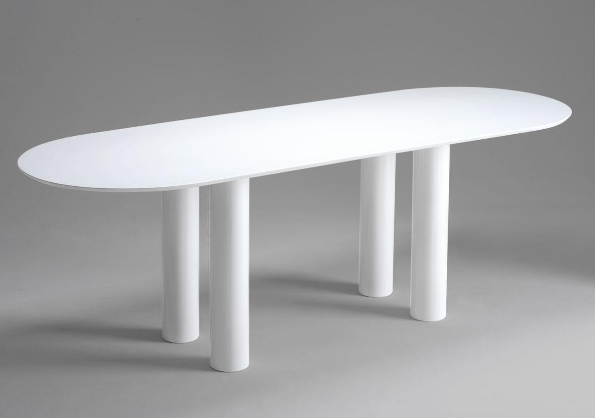 table ovale design small living room decorating ideasred. Black Bedroom Furniture Sets. Home Design Ideas