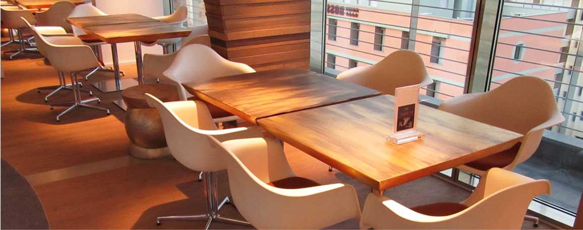 Tavoli e piani decorati per la ristorazione